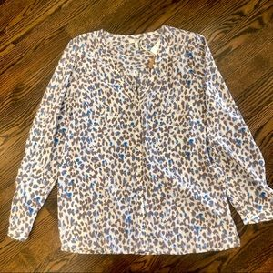 Joie printed silk top in soft shades. Sz Med